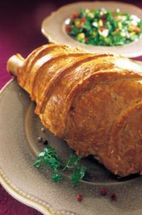 Paule d agneau en cro te d emmental recette iterroir - Cuisiner epaule d agneau ...