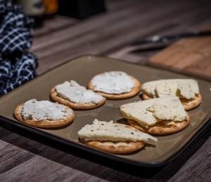 Crackers aux graines de tournesol et de cumin
