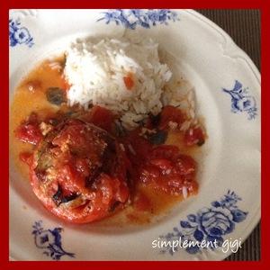 Tomates farcies à la viande et ras-el-hanout
