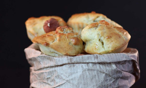 Mini-cakes roquefort & noisettes