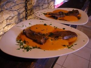 Gigue de chevreuil cuisson en cocotte ferm e recette iterroir - Cuisiner epaule de chevreuil ...