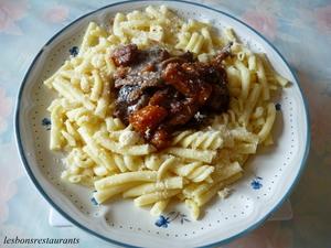 Boeuf bourguignon aux p tes recette iterroir - Cuisiner le boeuf bourguignon ...