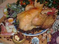 Chapon farci aux pommes et aux raisins recette iterroir - Cuisiner le chapon farci ...