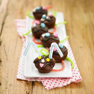 chenille de mini g teaux au chocolat recette iterroir. Black Bedroom Furniture Sets. Home Design Ideas