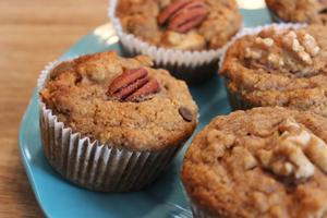Muffins aux dattes & noix de pécan
