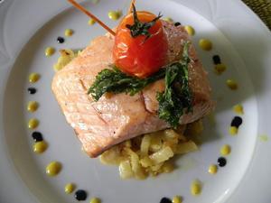 Pav s de saumon fenouil brais tomates confites et cr me - Cuisiner fenouil braise ...
