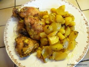 poulet et pommes de terre nouvelles au four recette iterroir. Black Bedroom Furniture Sets. Home Design Ideas