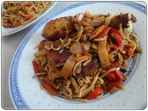 poulet yakitori nouilles chinoises aux petits l gumes recette iterroir. Black Bedroom Furniture Sets. Home Design Ideas