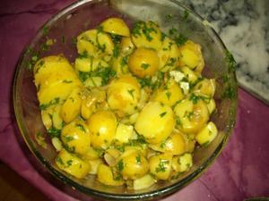 salade de pommes de terre ti des la vinaigrette recette iterroir. Black Bedroom Furniture Sets. Home Design Ideas