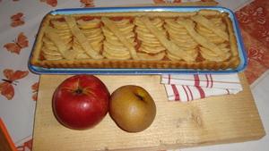 tarte aux pommes et coings sur une p te sucr e express recette iterroir. Black Bedroom Furniture Sets. Home Design Ideas